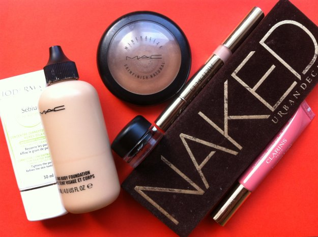 imprescindibles_maquillaje