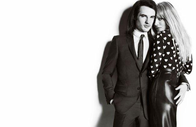 Sienna Miller y Tom Sturridge Burberry corazones