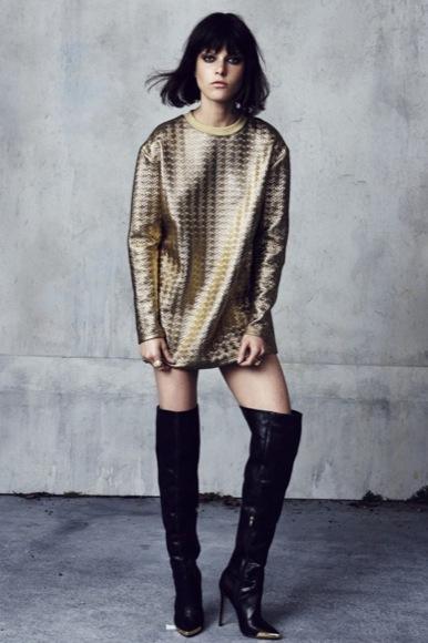 Vestido sudadera dorado