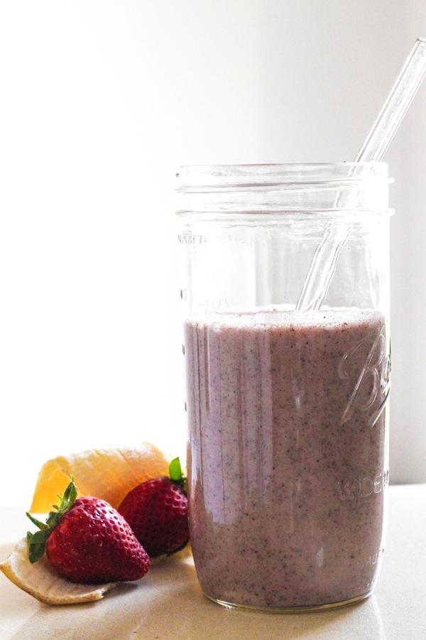 Receta smoothie banana fresa saludable