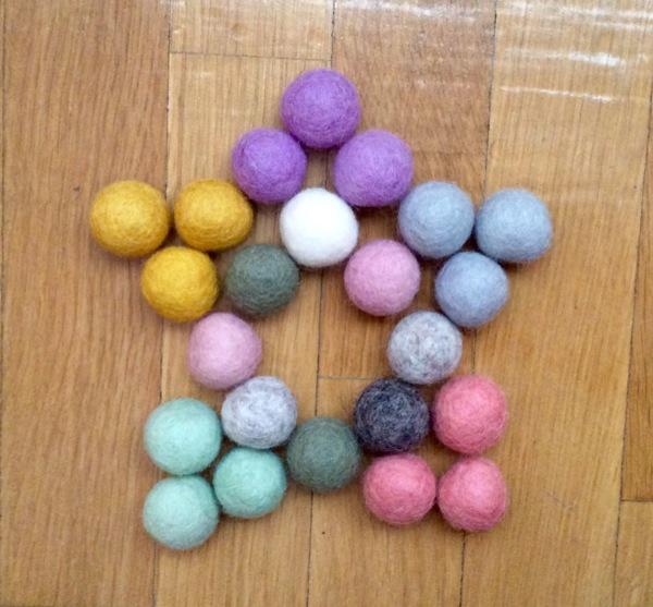 bolas fieltro decorar