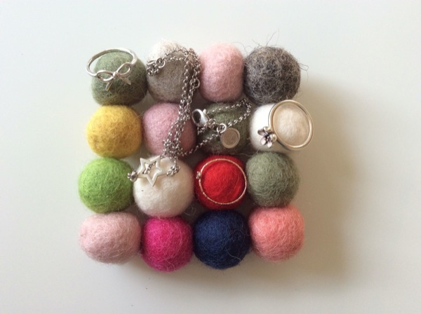 bolas fieltro decorar joyero