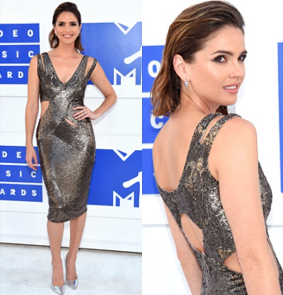 Shelley Hennig mtv vmas 2016