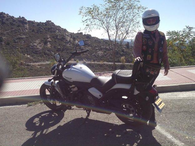 pelo largo casco moto kawasaki